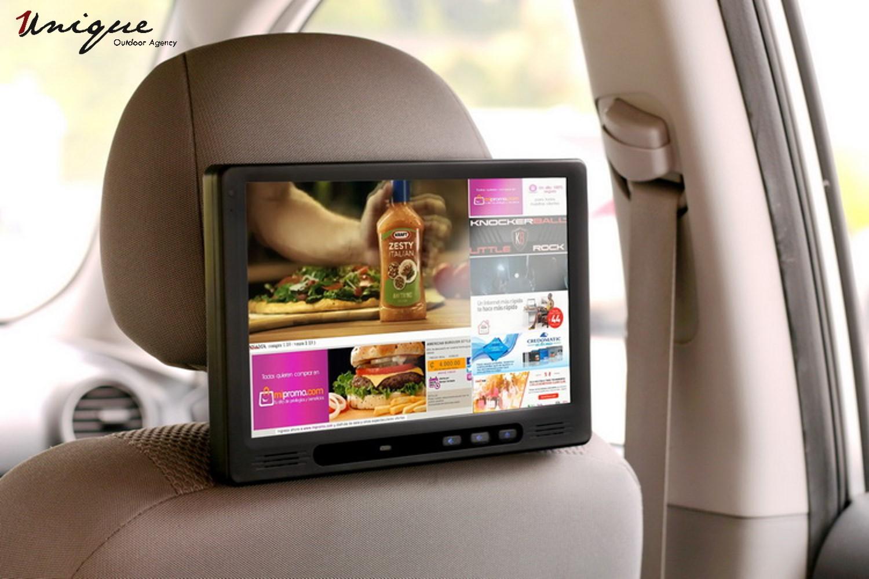 quảng cáo màn hình lcd trong xe ô tô